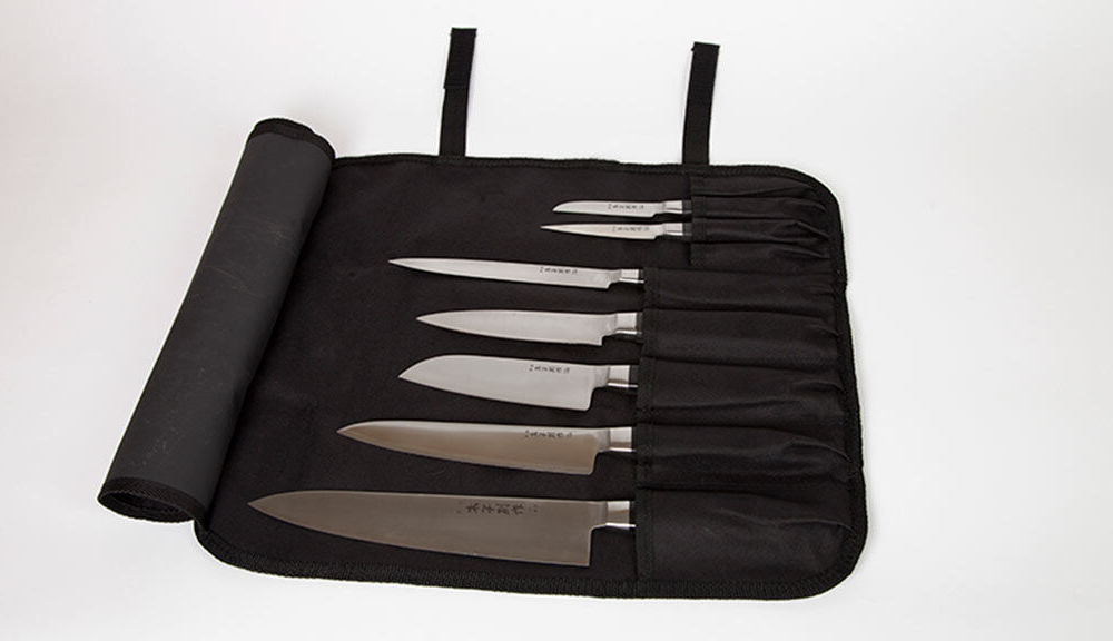 601_-_knife_roll_with_knives2
